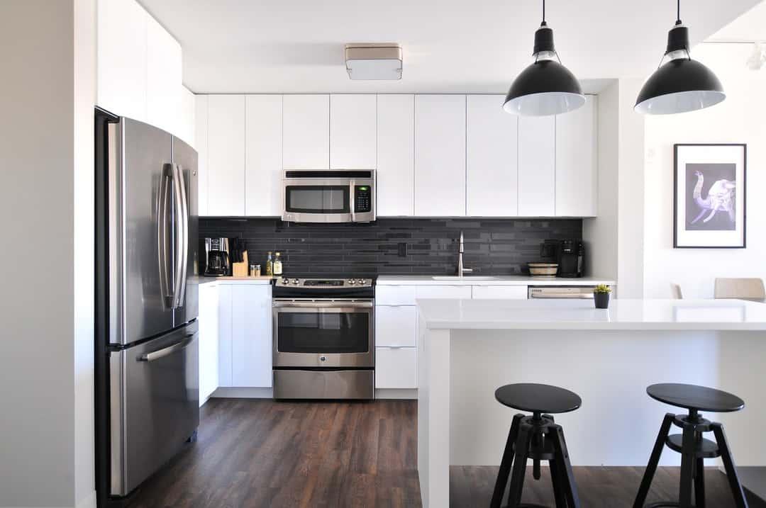 should i paint my oak kitchen cabinets white